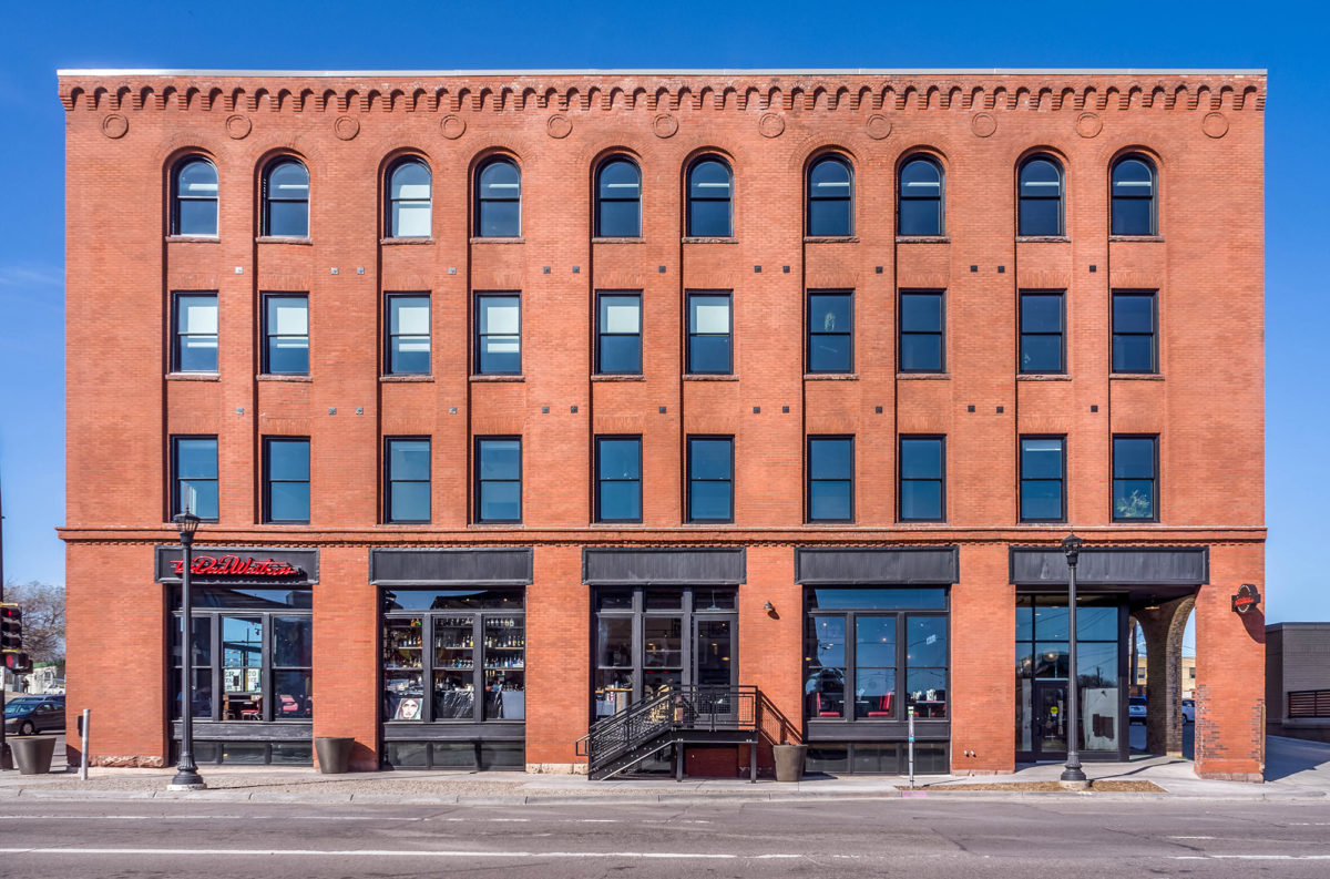 Minneapolis Heritage Preservation Award given to 700 Central